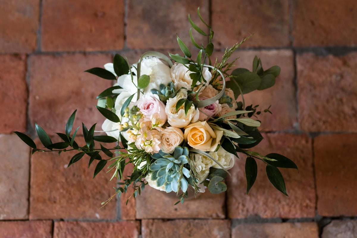 mariage au château de vandéléville bouquet de la mariée