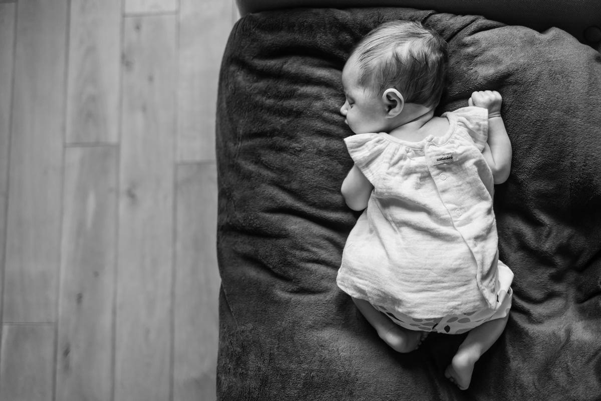portrait de nouveau-né à domicile