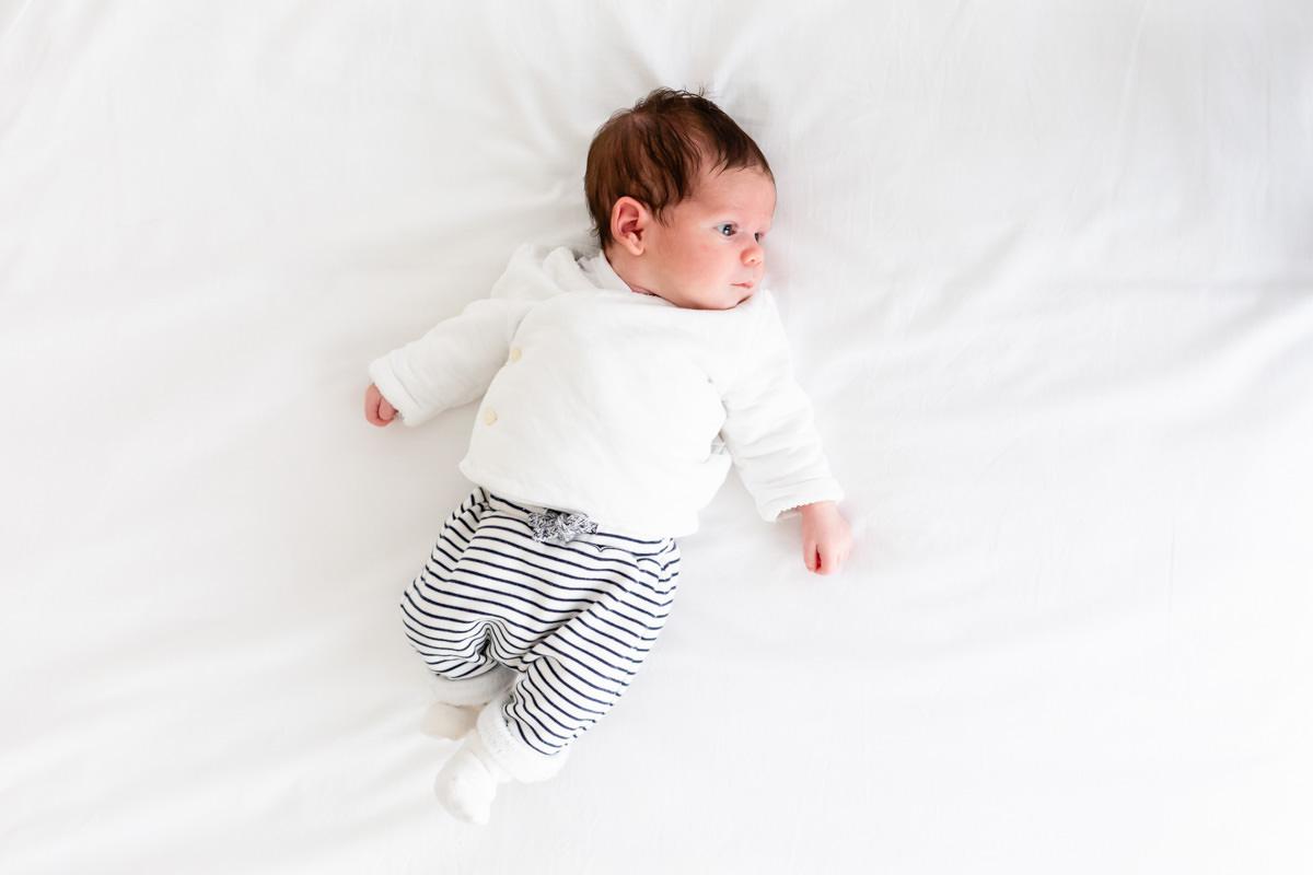 photo simple de bébé